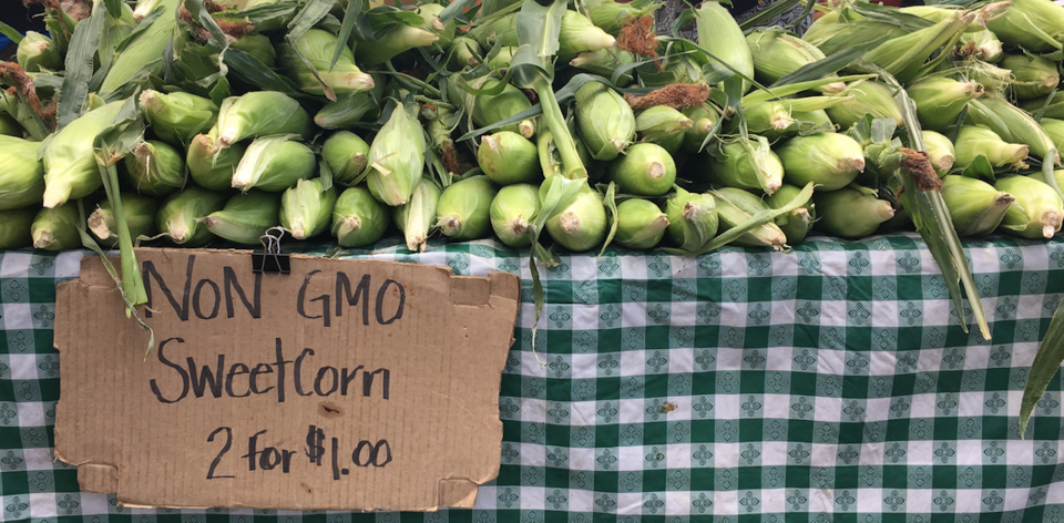 Nickerson, Cory - Dozens of Reasons to Shop Farmers Market